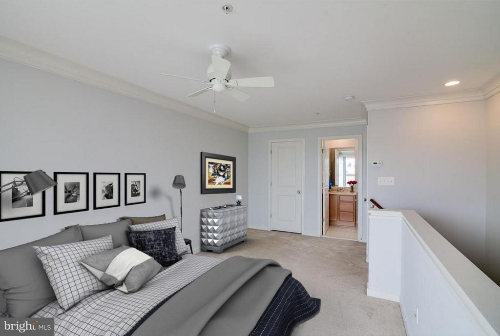 Loft Bedroom - Second Master Suite - 3102 CHANCELLORS WAY NE, WASHINGTON