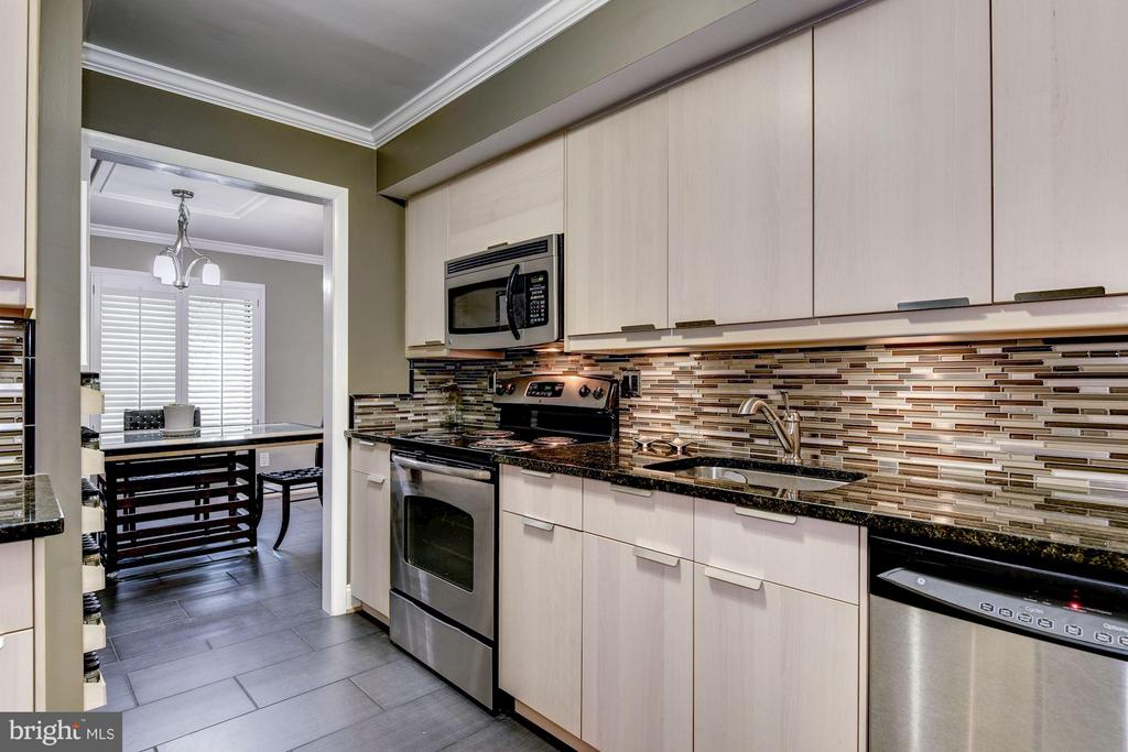Stainless Steel Appliances - 3101 MANCHESTER ST #516, FALLS CHURCH