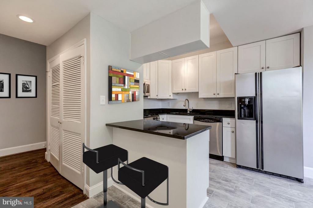 Kitchen (3 of 3) - 421 E ST NE, WASHINGTON