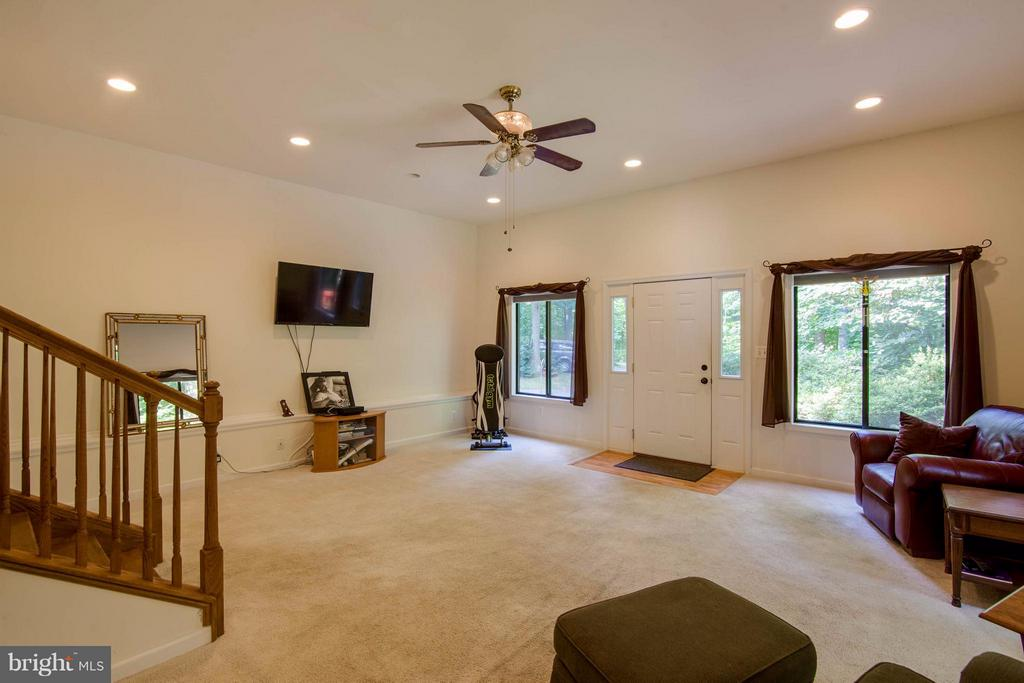 Interior (General) - 8116 KING ARTHURS CT, MANASSAS