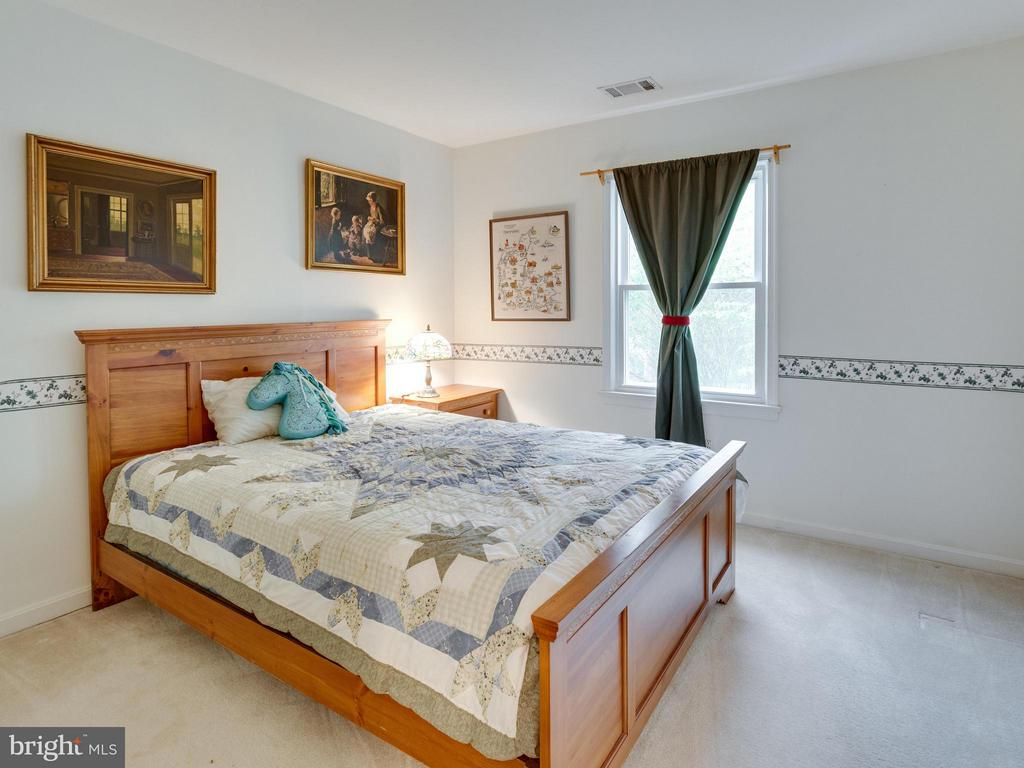 Bedroom 3 - 11728 AMKIN DR, CLIFTON