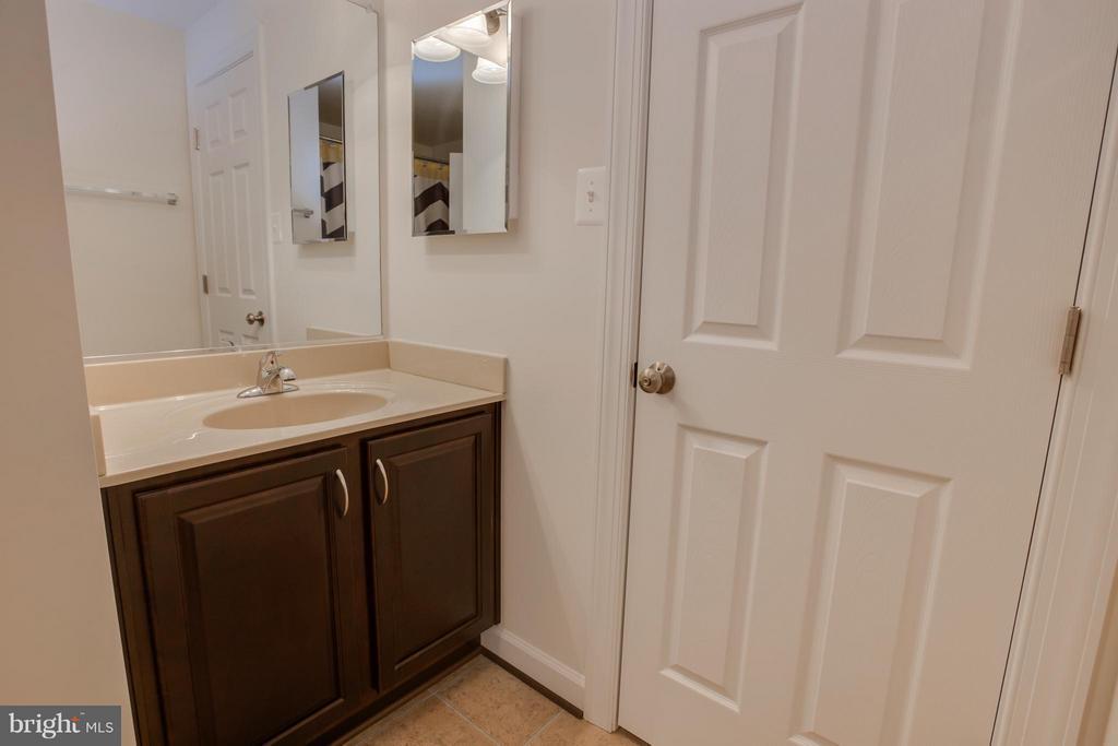 Basement Full Bathroom - 20 WHISTLER WAY, STAFFORD