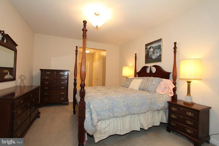 SPACIOUS MASTER BEDROOM - 20810 NOBLE TER #208, STERLING