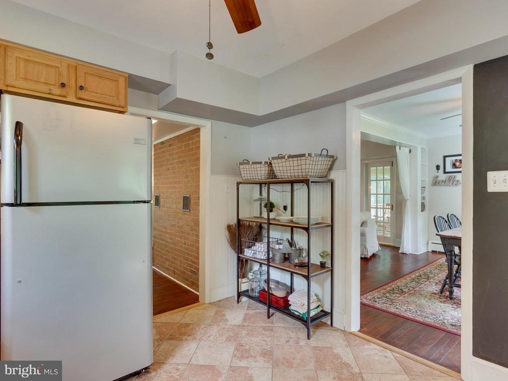 Kitchen - 7424 CLIFTON RD, CLIFTON