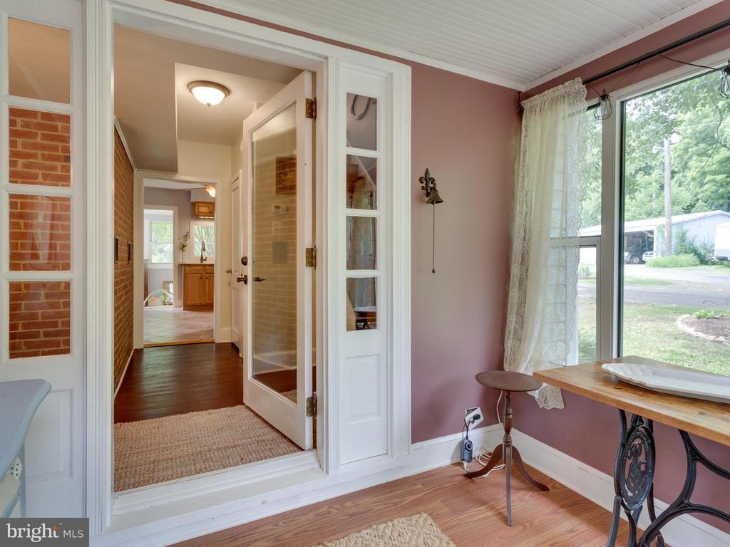 Foyer - 7424 CLIFTON RD, CLIFTON