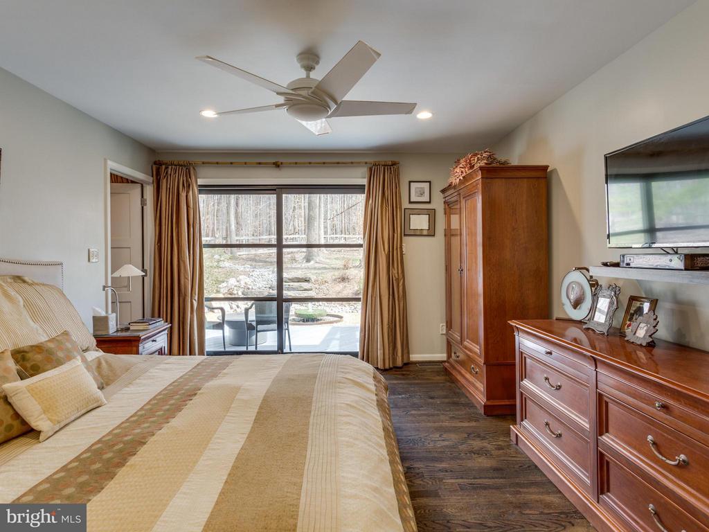Bedroom (Master) - 7607 WILLOWBROOK RD, FAIRFAX STATION
