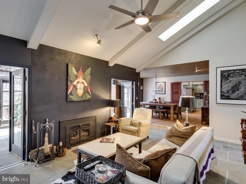 Living Room - 7607 WILLOWBROOK RD, FAIRFAX STATION