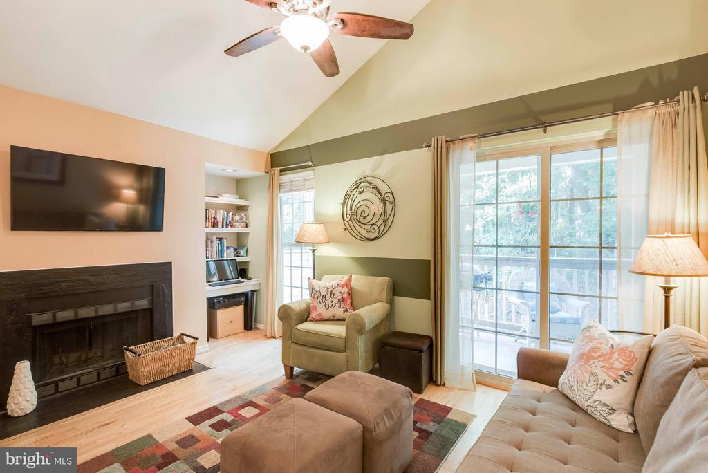 Welcome to Penderbrook! - 3912 PENDERVIEW DR #537, FAIRFAX