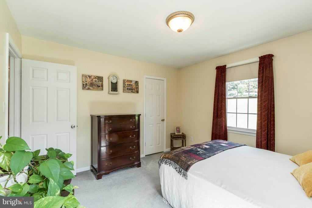 Bedroom - 12 HIDDEN LAKE DR, STAFFORD