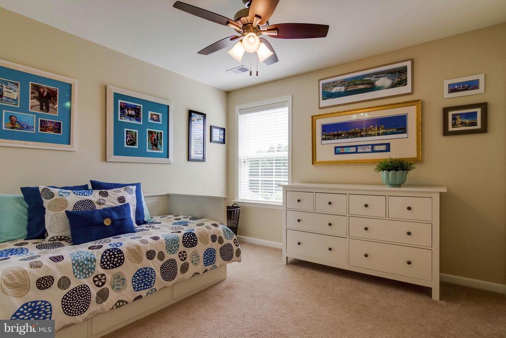 2nd Bedroom - 5919 HUNTER CREST RD, WOODBRIDGE