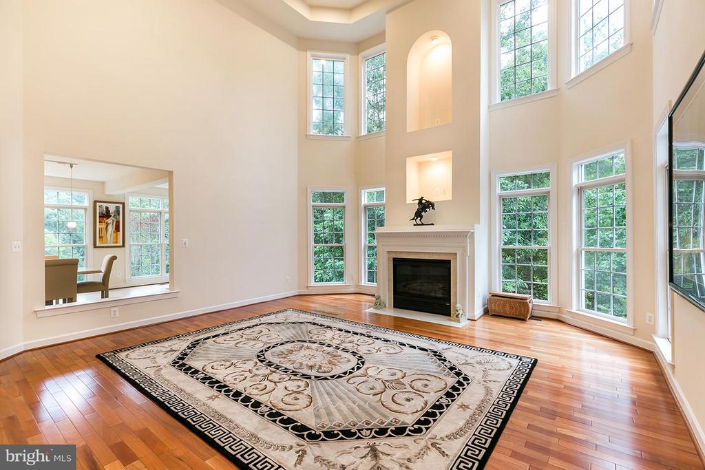 With fireplace. - 43288 OVERVIEW PL, LEESBURG