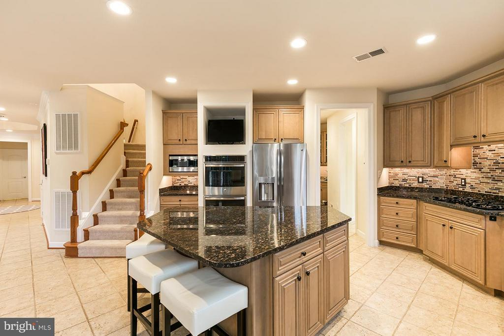 Double oven! - 43288 OVERVIEW PL, LEESBURG