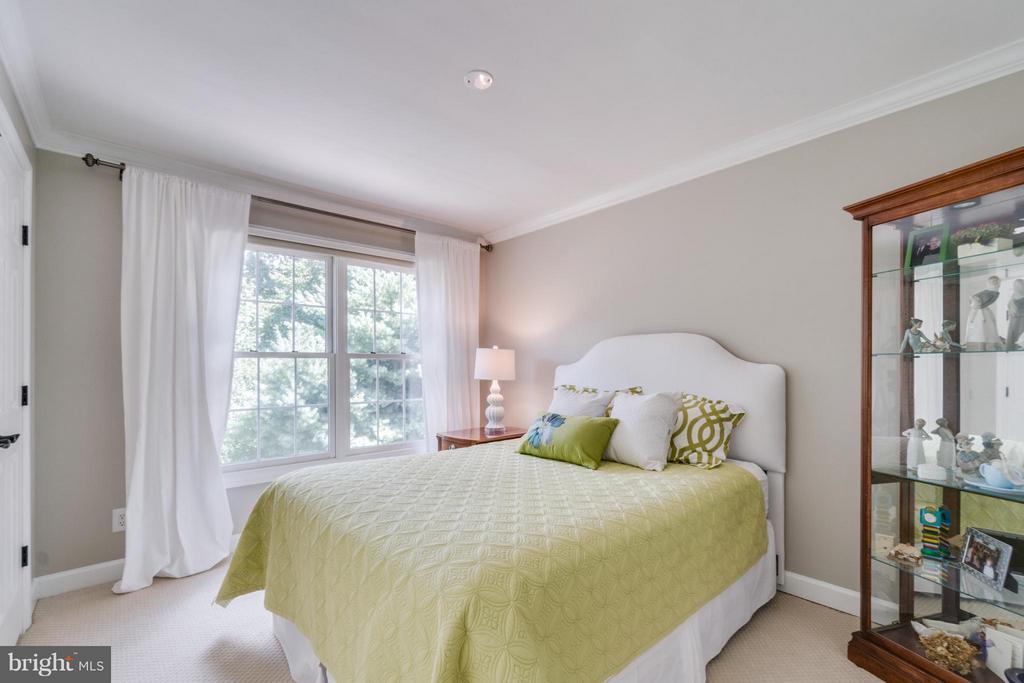 Bedroom 2 - 47572 COMPTON CIR, STERLING