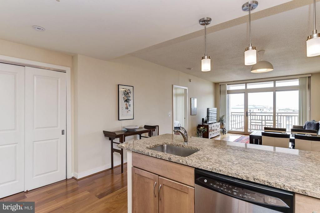 Open Flow - 888 QUINCY ST #1212, ARLINGTON