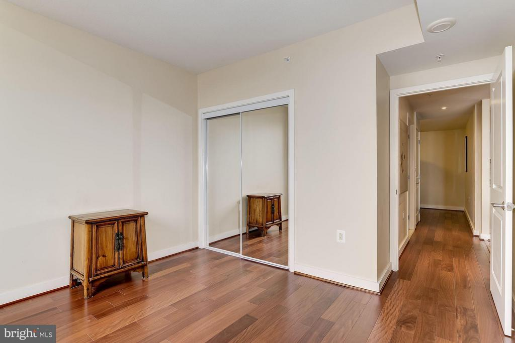 2nd Bedroom - 888 QUINCY ST #1212, ARLINGTON