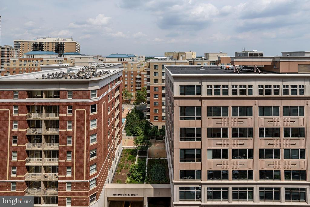 Monument View from the Balcony - 888 QUINCY ST #1212, ARLINGTON