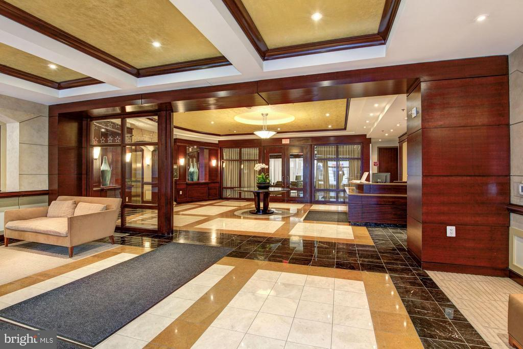 Lobby - 888 QUINCY ST #1212, ARLINGTON