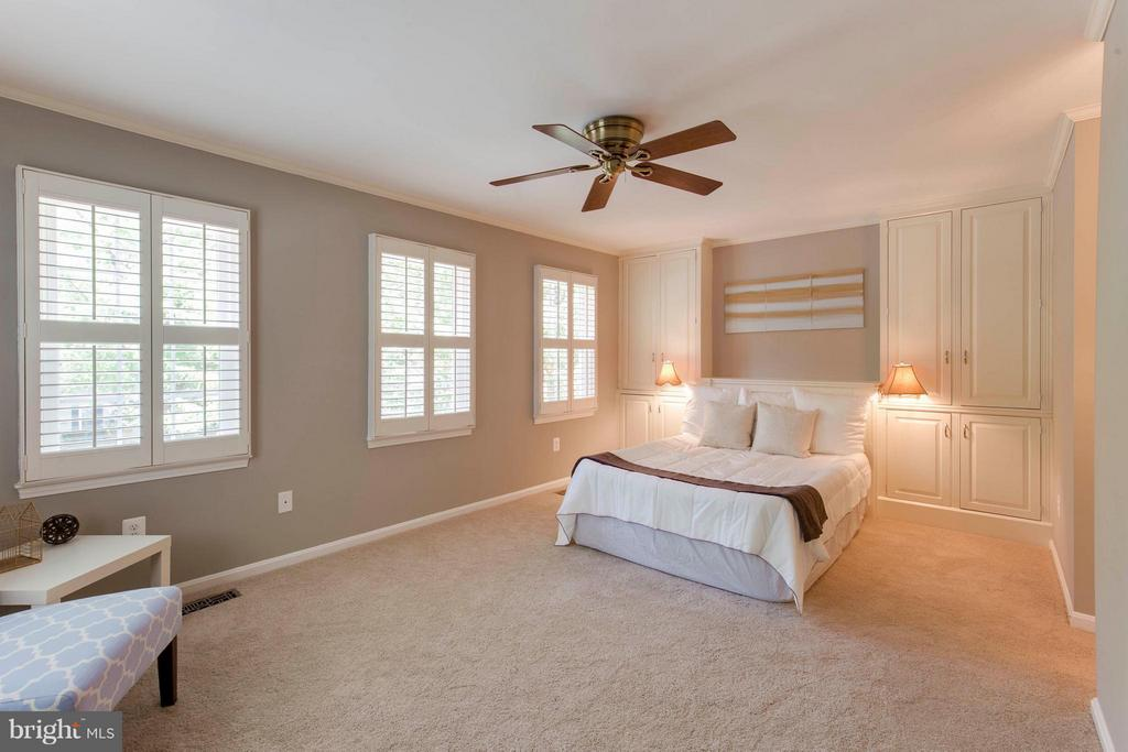 Bedroom (Master) - 3946 WILCOXSON DR, FAIRFAX