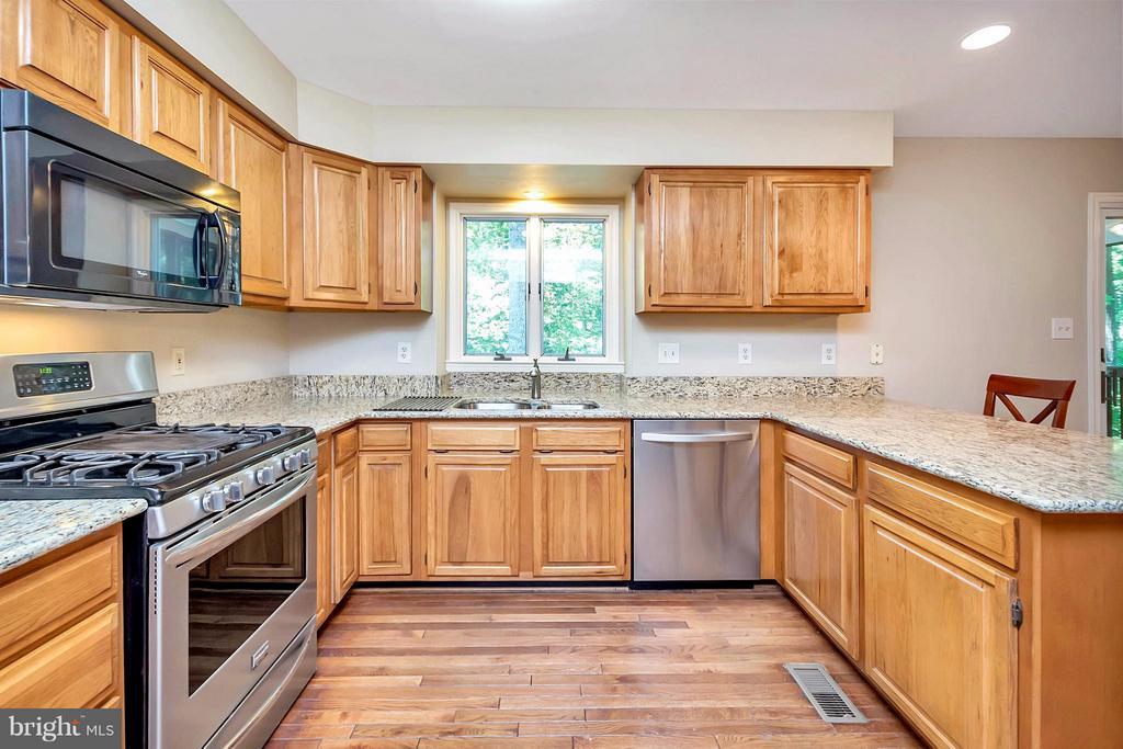 Kitchen - 112 CUMBERLAND CIR, LOCUST GROVE