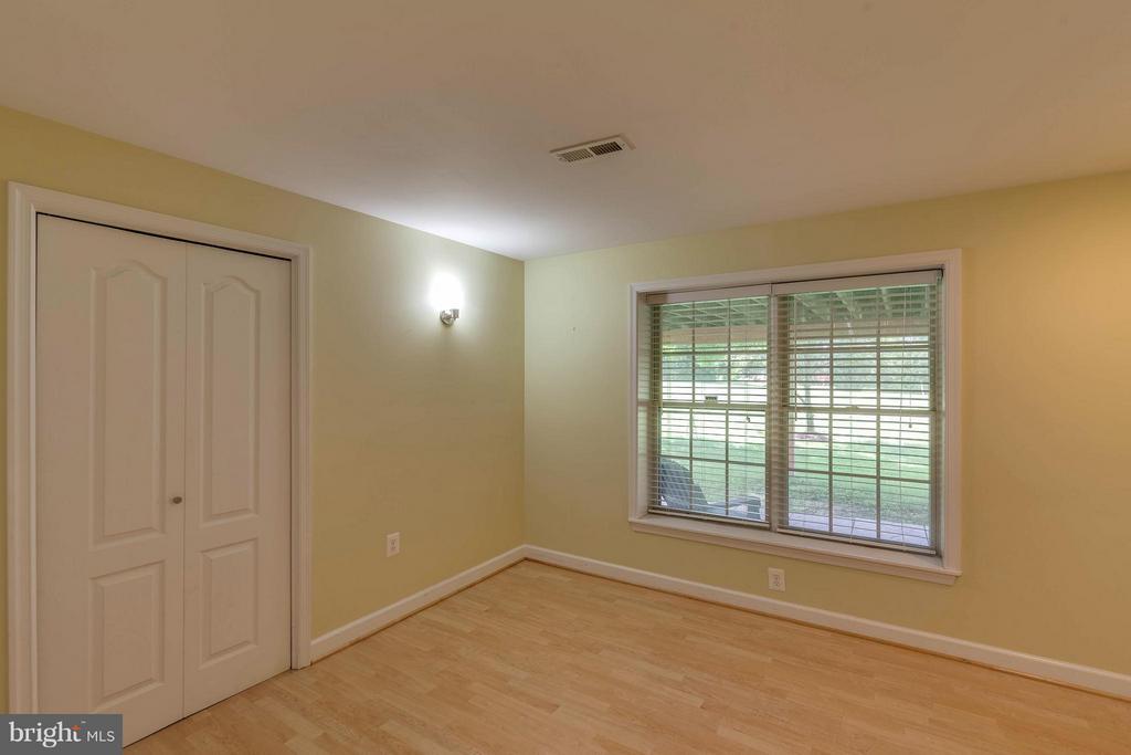 Bedroom #5 in Lower Level - 10802 CRIPPEN VALE CT, RESTON