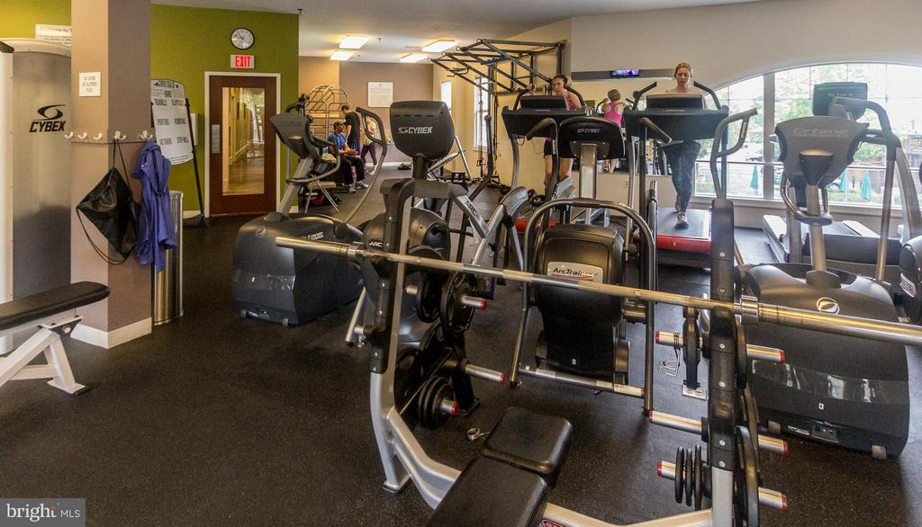 Fitness room included - 5112 DONOVAN DR #203, ALEXANDRIA