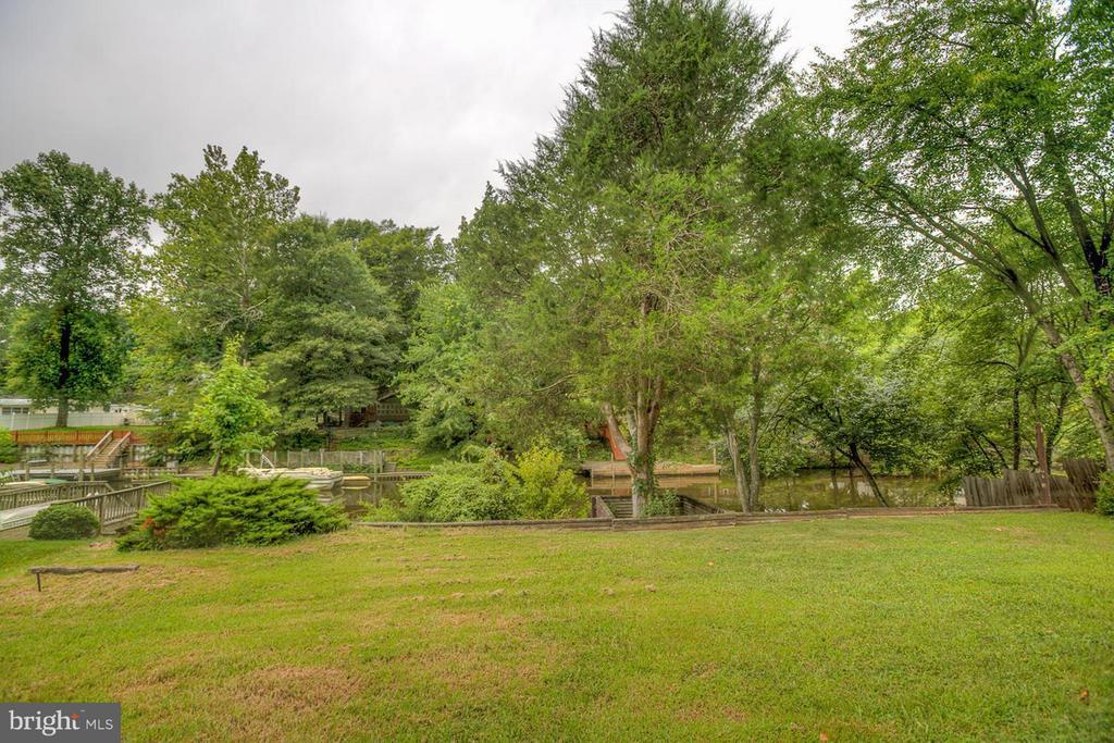 Backyard View - 1110 POTOMAC DR, STAFFORD
