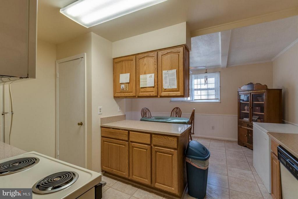 Kitchen - 14444 COOL OAK LN, CENTREVILLE