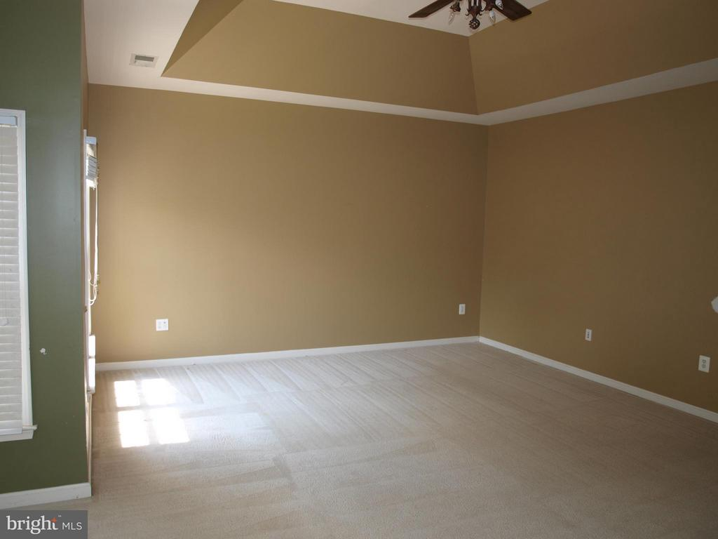 Master Bedroom Sitting Room - 14807 ASHBY OAK CT, HAYMARKET