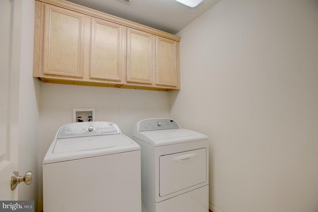Laundry room on upper level - 205 LEONARD RD, FREDERICKSBURG