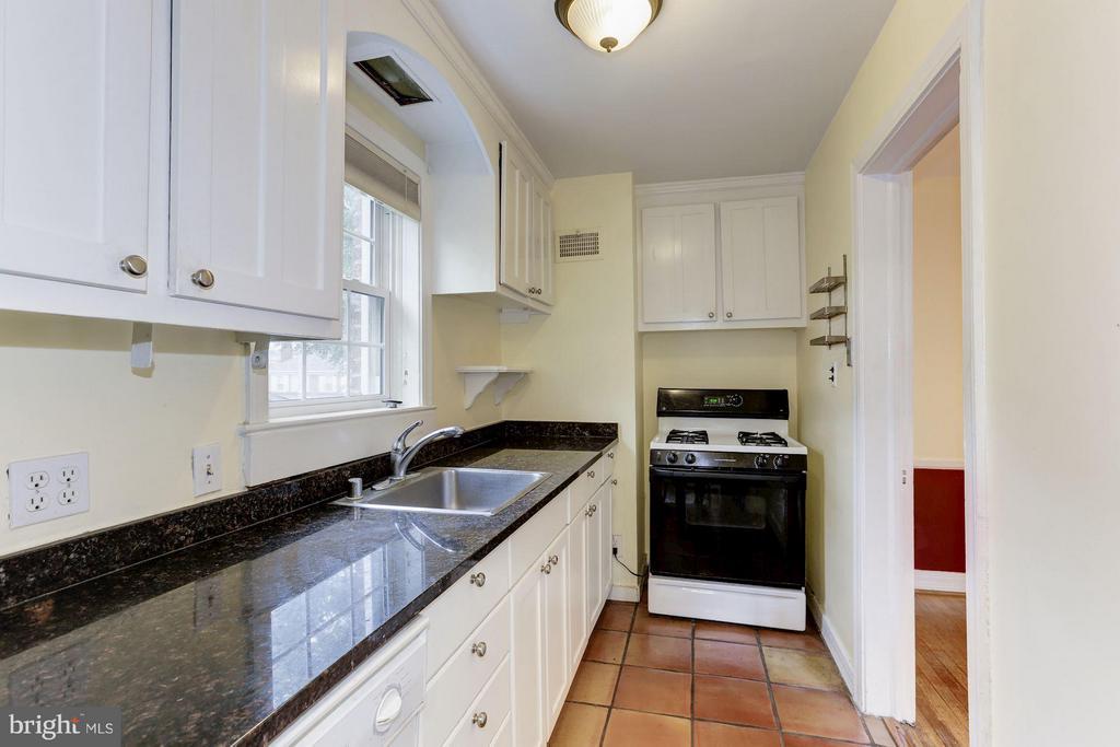 Kitchen - 3107 HIGH ST, ARLINGTON
