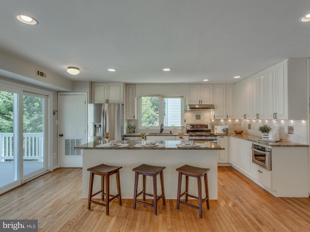 The kitchen is the heart of a home - 3413 17TH ST S, ARLINGTON