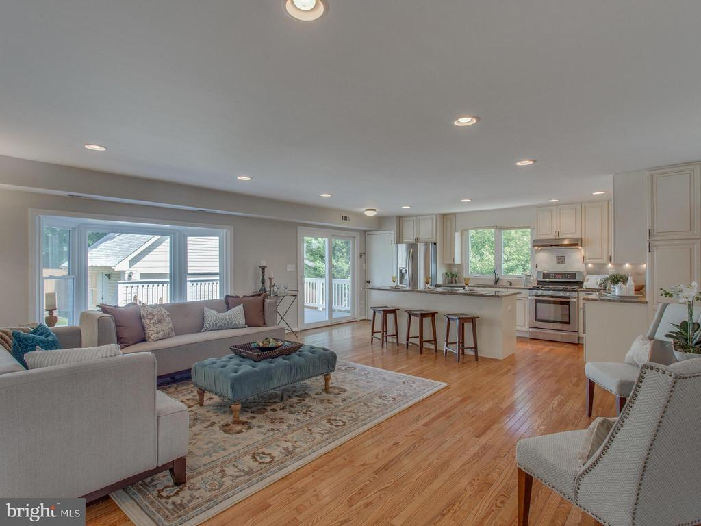 Open floor plan in the great room/kitchen addition - 3413 17TH ST S, ARLINGTON