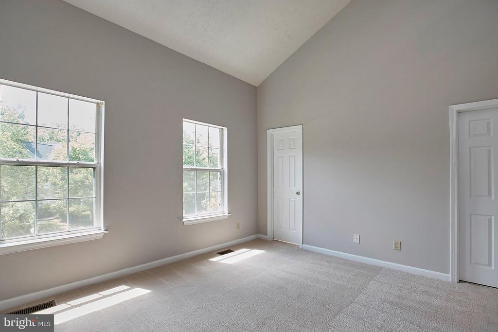 Bedroom (Master) - 108 BENTLEY CT, STAFFORD