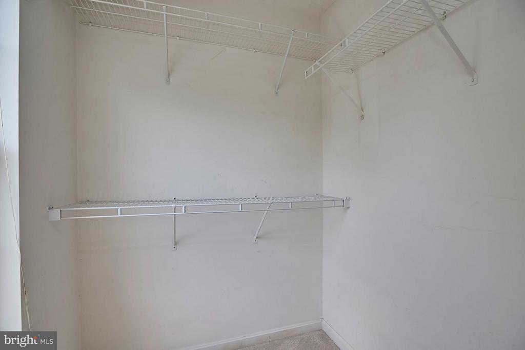 Walk-in Closet - 108 BENTLEY CT, STAFFORD