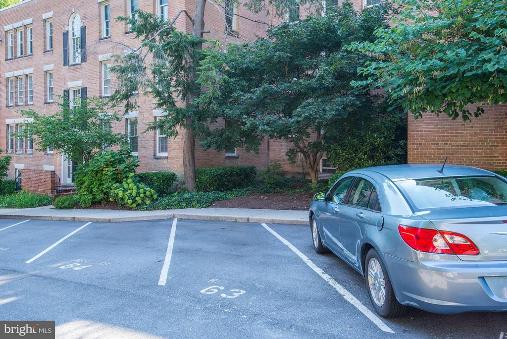 Parking Space #63 included - 2729 ORDWAY ST NW #5, WASHINGTON