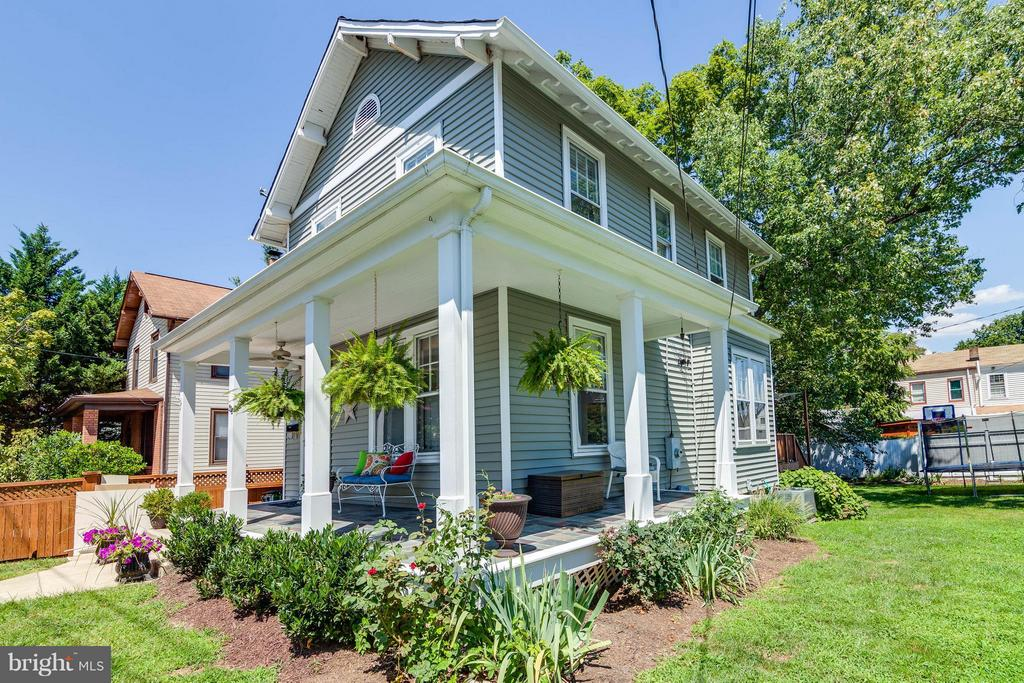 Charming curb apeal - 328 HUME AVE, ALEXANDRIA