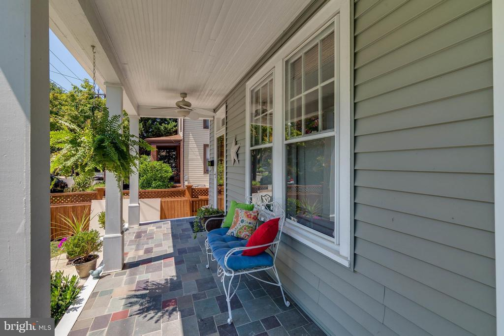 This could be your front porch! - 328 HUME AVE, ALEXANDRIA