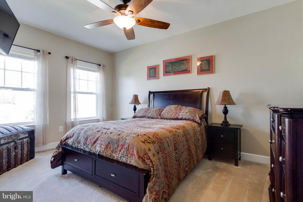 Bedroom 2~with Walk-in Closet - 15466 PAPILLON PL, WOODBRIDGE