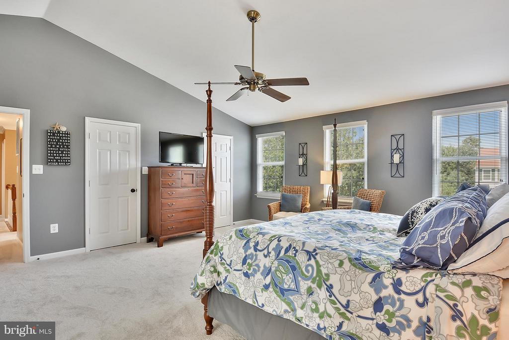 Master Bedroom view 2 - 20977 DEER RUN WAY, ASHBURN