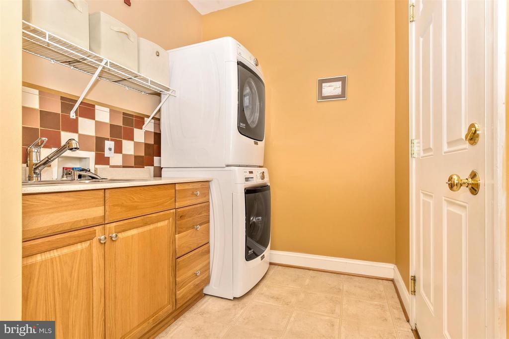 Laundry room main level - 3450 BASFORD RD, FREDERICK