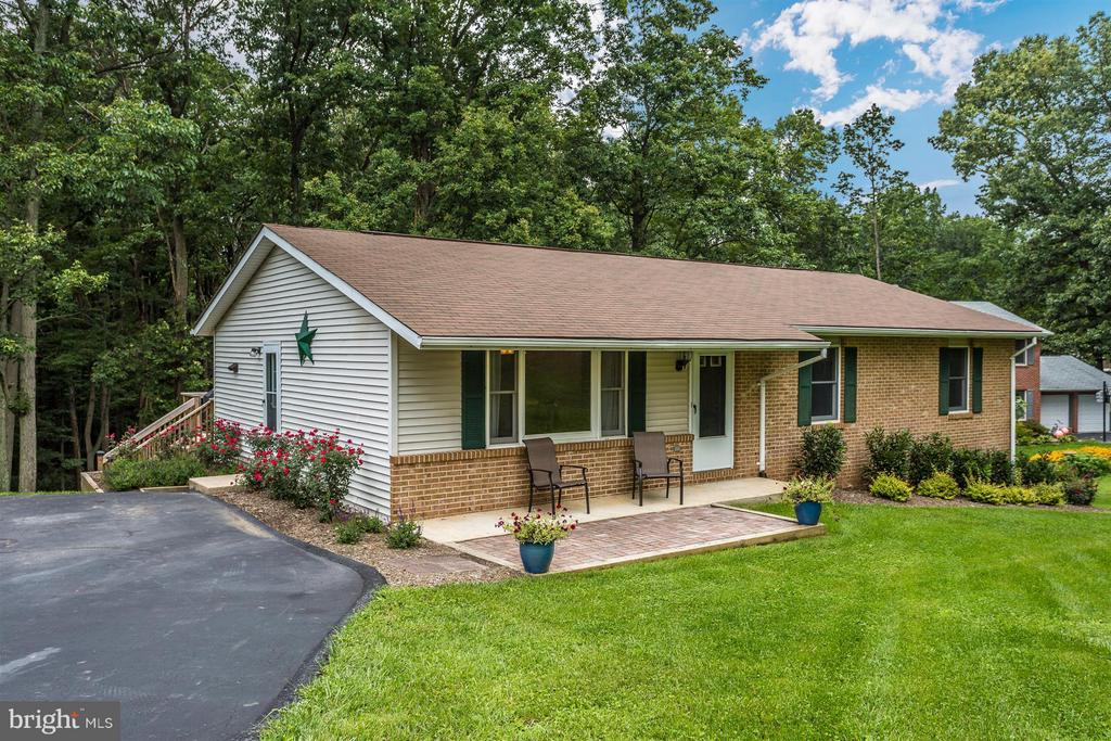 Exterior (Front) - 14112 CLEARWOOD CT, MOUNT AIRY