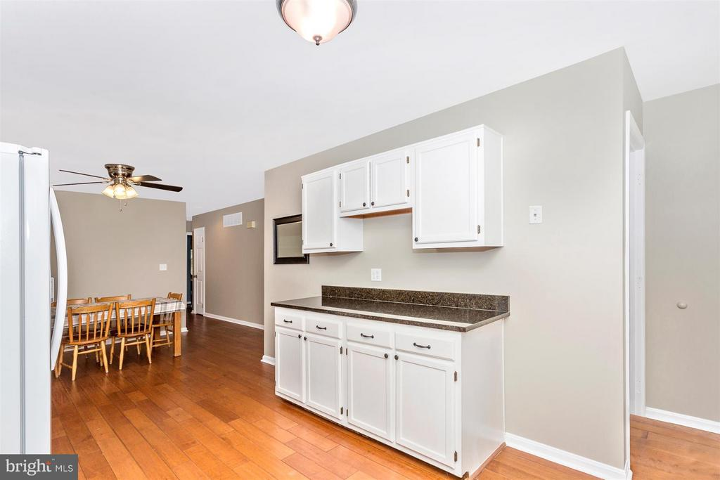 Kitchen - 14112 CLEARWOOD CT, MOUNT AIRY