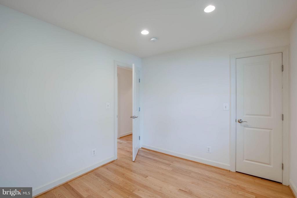 2nd Bedroom - 4014 LASSEN CT, ALEXANDRIA