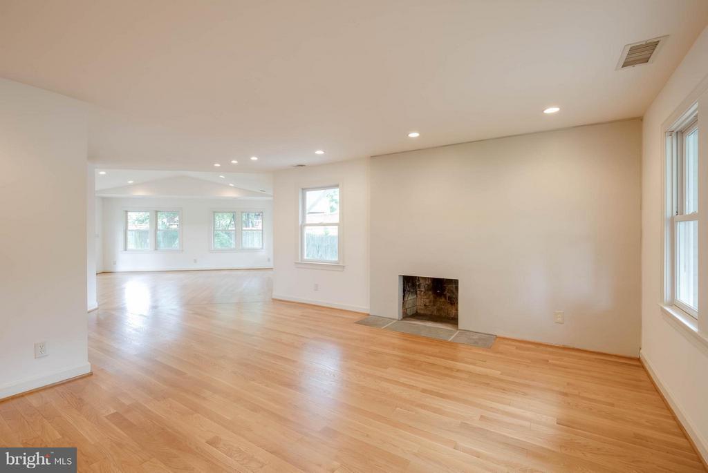 Living Room - 4014 LASSEN CT, ALEXANDRIA