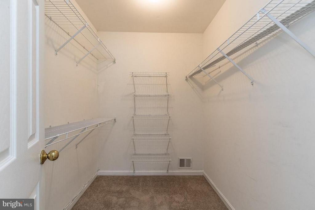 Master Bedroom Walk-In Closet - 17299 SLIGO LOOP, DUMFRIES