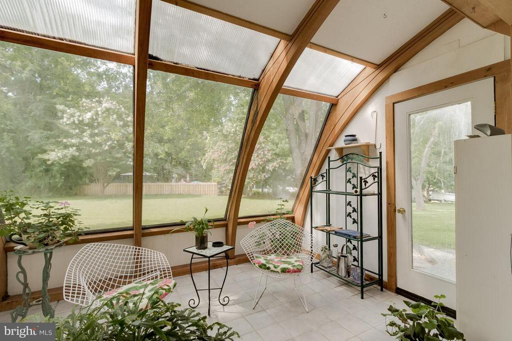 Solar Sunroom South Facing w/Thermal Tile Floors - 4398 STEPNEY DR, GAINESVILLE