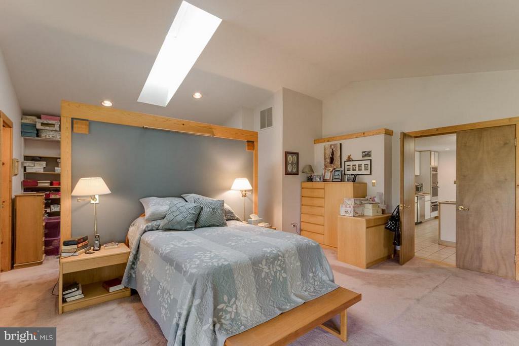 Bedroom (Master) - 4398 STEPNEY DR, GAINESVILLE