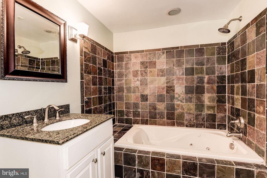 Bathroom - 1104 EUCLID ST NW #2, WASHINGTON