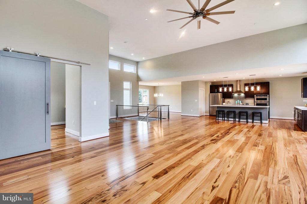 Light, bright, open and inspiring! - 4415 BILL MOXLEY, MOUNT AIRY