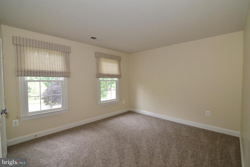 Fourth bedroom - 39637 GOLDEN SPRINGS CT, HAMILTON